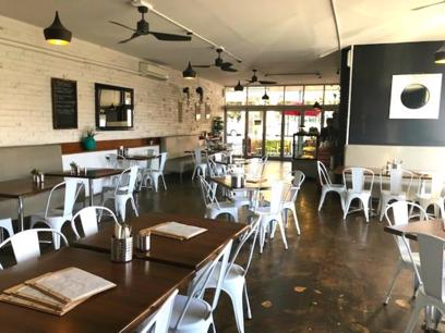 Blue Chip Cafe, Restaurant and Bar in Scenic Healesville! (Our Ref: V1550)