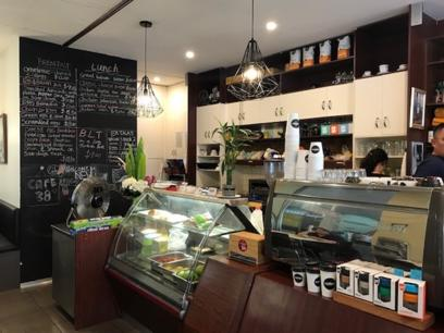 Busy Cafe in established centre in Melbourne's North (Our Ref: V1455)