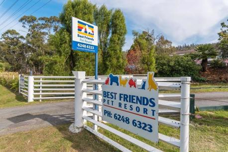 Acton Park - Best Friends Pet Resort, Lifestyle Property with Income Stream (Our