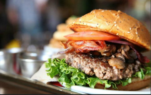 Join the Burger Mania, Tkg $10,000 per week in Essendon (Our Ref: V1335)