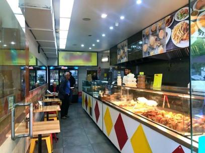 Blue Chip Chicken Bar in Prime Location - Taking $16,000 p/w!! (Our Ref: V1511)