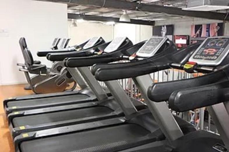 fantastic-fitness-centre-in-the-northern-growth-corridor-our-ref-v1467-3