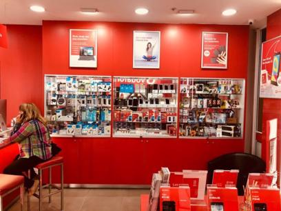 licensed-vodaphone-dealer-i-connect-chullora-only-mobile-shop-in-the-centre-1