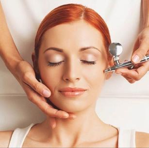 MAROOCHYDORE BEAUTY SALON.  SELLING AT A MODEST WIWO BASIS - BE QUICK!
